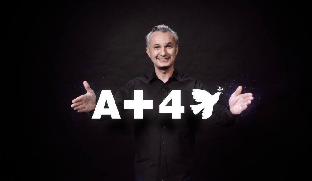 """Marco Tempest, un poète digital pour présenter le slogan de campagne: """"A Plus For Peace""""."""